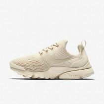 Chaussures de sport Nike Presto Fly femme Flocons d'avoine/Flocons d'avoine/Flocons d'avoine