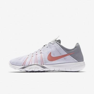Chaussures de sport Nike Free TR 6 femme Blanc/Gris loup/Argent métallique/Melon brillant